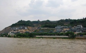the-Yellow-River-bank-in-Lanzhou