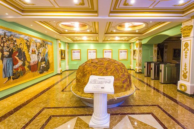 Russian_bread-themed_cultural_museum_01